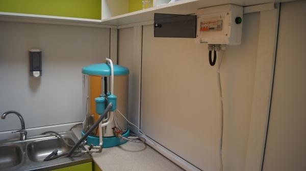 Медичний дистилятор води — характеристики, застосування